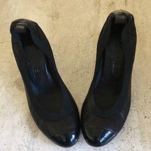 Comfortable elastic heels